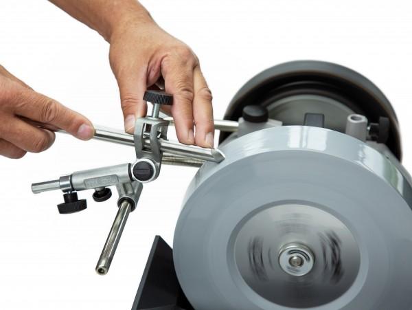 Tormek SVD-186 R für Drechselmesser und Eisen mit Fingernagelanschliffen